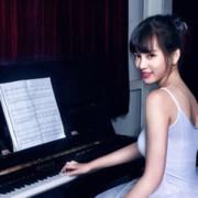 弹钢琴的念念不忘